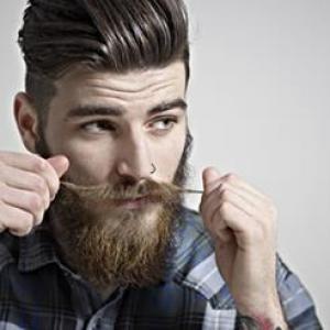 Taglio capelli barba